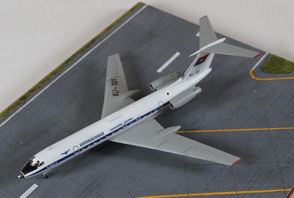 "TU 134A-3  "" XU-101 ""  Kampuchea Airlines   Zvesda  1/144 -5"