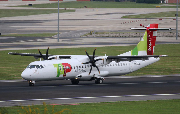 "ATR 72-212A (600) "" CS-DJG ""  TAP Express -2"