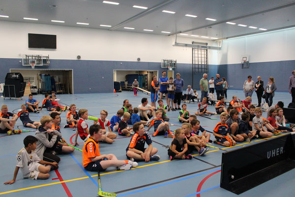 fc quicksticks floorbal Veenendaal 75