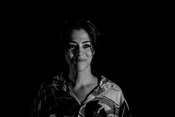 Luna Vega - Darstellerin und Dramaturgin