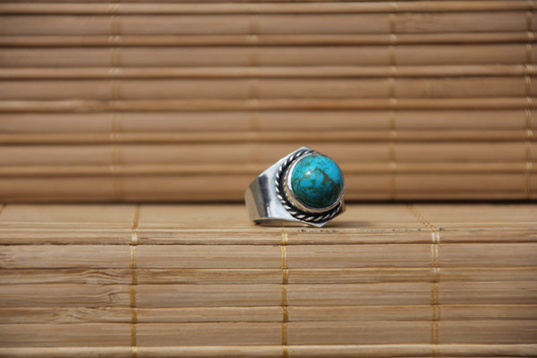 97.Bague Turquoise ronde, Argent 925, 55 euros