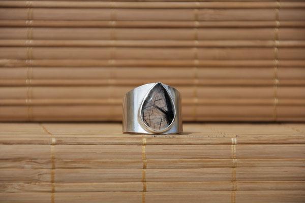88.Bague Quartz tourmaline goutte , Argent 925, 61 euros