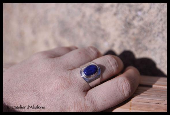 54.Bague Lapis lazuli ovale, Argent 925, 55 euros