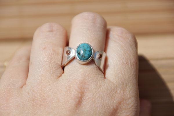 75.Bague Turquoise ovale point cuivre, Argent 925, 64 euros