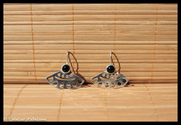17.Boucle d'oreille mandala onix, Argent 925, 56 euros
