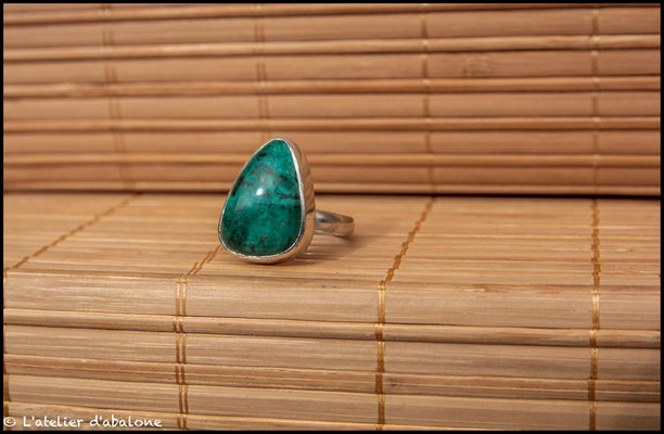 119.Bague Chrysocolle free form, Argent 925, 53 euros