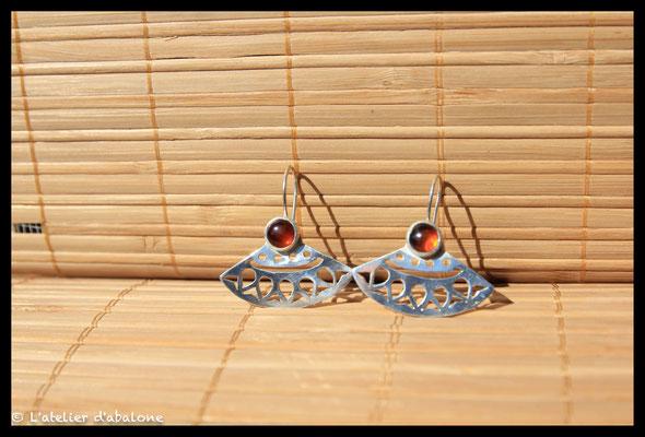 20.Boucle d'oreille mandala ambre, Argent 925, 61 euros