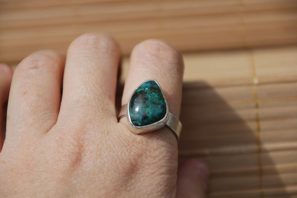 92.Bague Chrysocolle free form, Argent 925, 58 euros