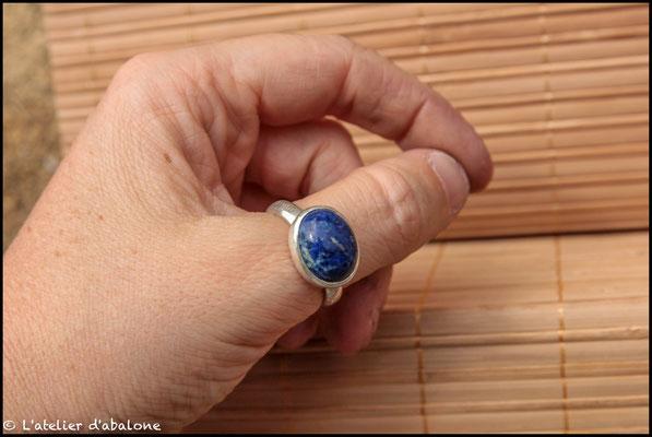 141.Bague Lapis Lazuli ovale, Argent 925, 57 euros