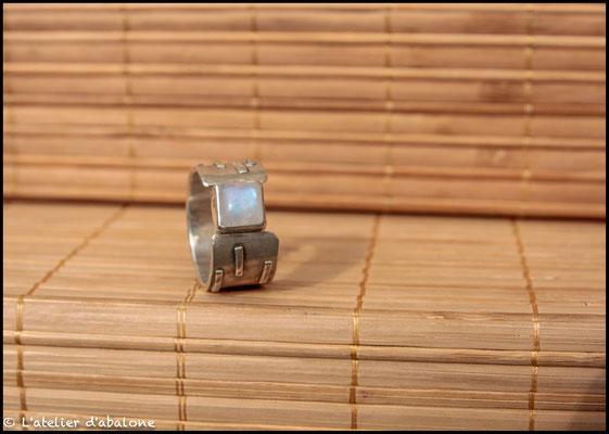124. Bague P. de lune carré, Argent 925, 68 euros