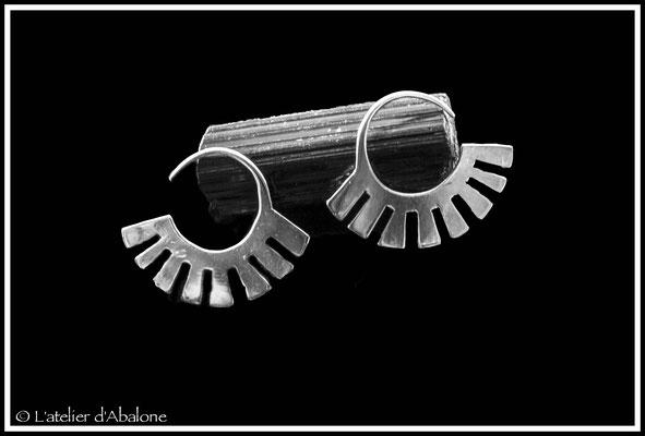 11.Boucle d'oreille aztèque, Argent 925, 48 euros