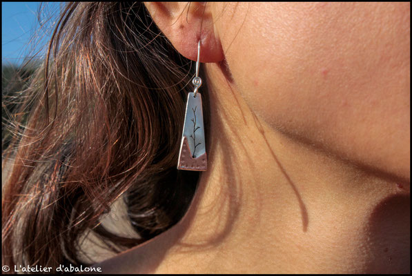 44.Boucle d'oreille AR branche bas CU point, Argent 925, 36 euros