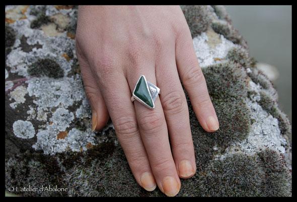 40.Bague Jade nephrite (N. Zélande), Argent 925, 63euros