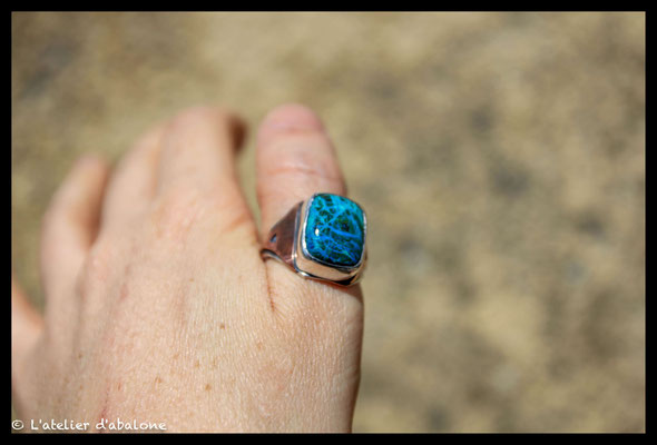 158. Bague Chrysocolle rectangle , Argent massif, 67 euros