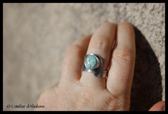 65.Bague Turquoise ronde réglable, Argent 925, 53 euros