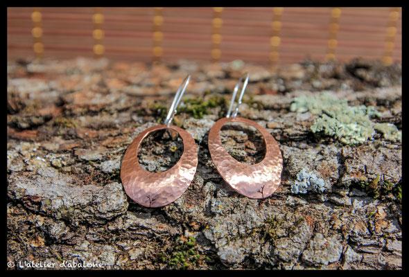 78. Boucle d'oreille Cuivre martelé branche, Argent 925, 37  euros