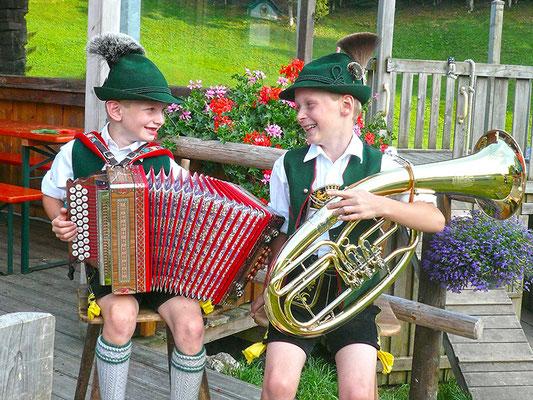 Die jungen Musikanten der Familie Reiter
