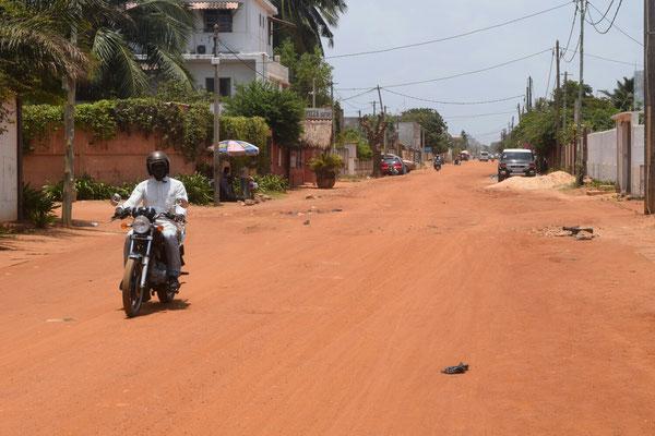 Straßenbild in der Nähe der deutschen Botschaft in Lomé