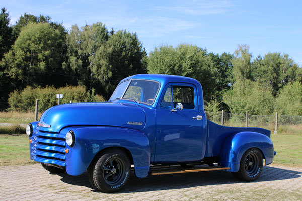 51er Chevy Pickup Truck