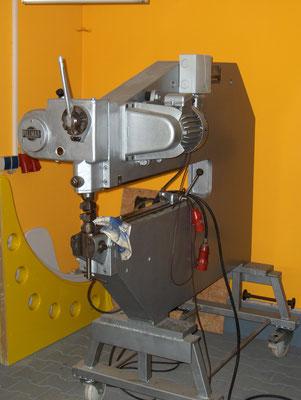 Pullmax Dengeln Treiben Stauchen Blechbearbeitung Aluminium Fahrzeugteile Karosserie Blechklopfer W. Schröder Feinblechner