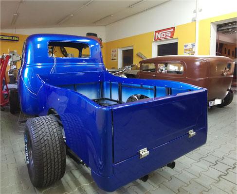 Handgefertigte Ladefläche lackiert Chevy Pickup Truck