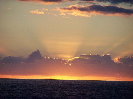 Licht und Wolken auf dem Atlantik
