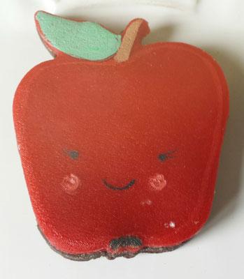 Mürbteigkeks in Form eines Apfels