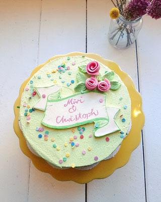 Kleine Torte, Bittercrème gefärbt, Marzipan,  14 St. ca. 130 Euro