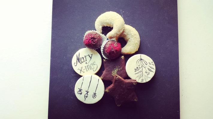 Weihnachtskekse : Vanillekipferl, Motivkekse, Trüffel, Nougatsterne