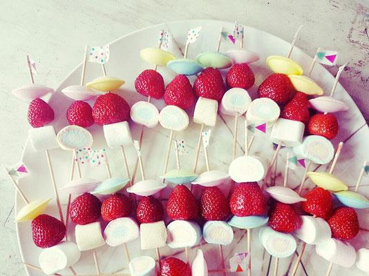 Brause-Ufo-Marshmallow-Erdbeer-Sticks