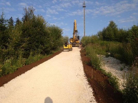 1,5 Kilometer Neuanlage Weg für Forstwirtschaft