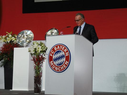 Karl-Heinz Rummenigge bei seiner Rede