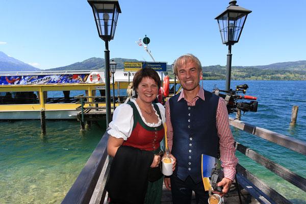 Impressionen Gustav Mahler Festival Pressekonferenz 2018: Judith Burgstaller-Legat (Obfrau Verein Klimt am Attersee) mit Attersee-Tourismusdirektor Christian Schirlbauer