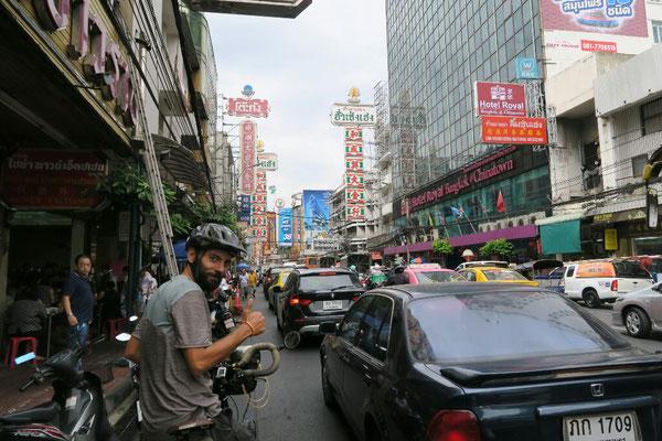 Arrivée dans Bangkok... On change d'ambiance!