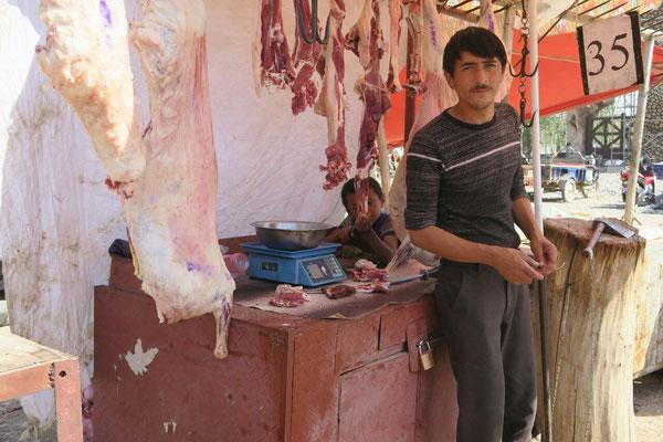 Un apprenti boucher