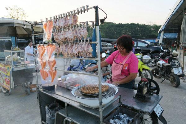 Poisson séché au marché de Ban tak