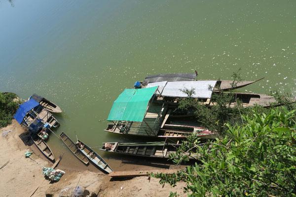 Embarcation pour naviguer sur le Mekong