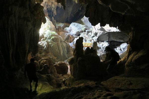 Grotte de Tham Phu Kam