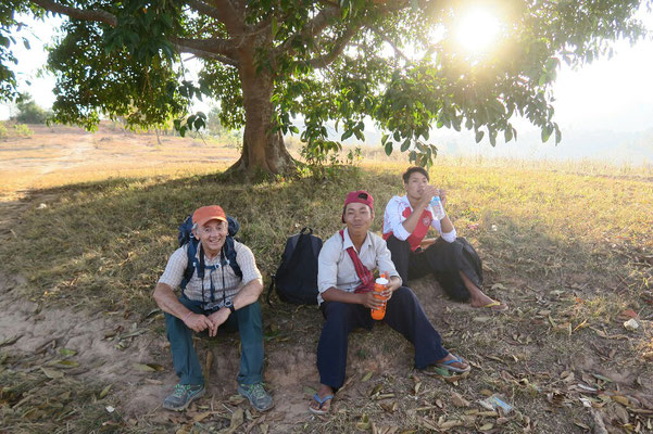 Petite pause en compagnie de nos 2 guides