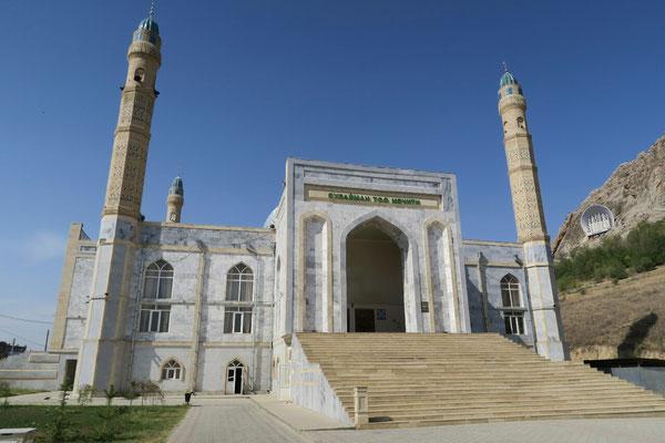La plus grande mosquee de Osh