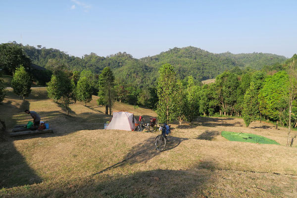 Camping dans la parc national Kunpawor