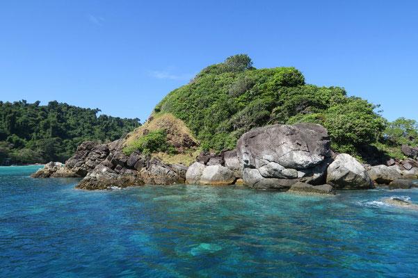 Les eaux transparentes de la réserve marine
