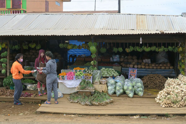 Marché de légumes à Paksong