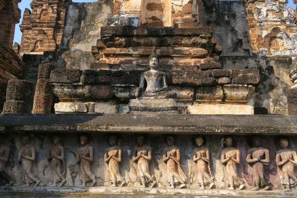 Sculpture des temples de Sukhothai