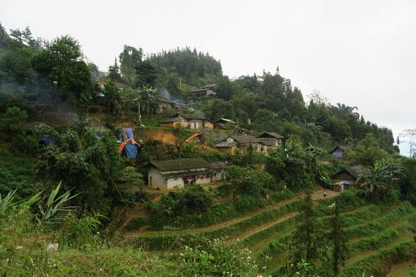 Village Hmon entre Muong Khong et Simacai