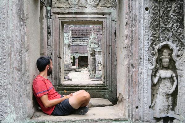 Decidement, ces temples sont propices à la meditation... hein Nico!?