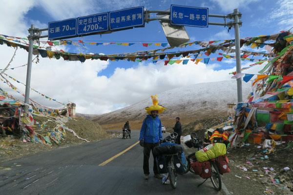Au sommet de notre premier col Tibetain