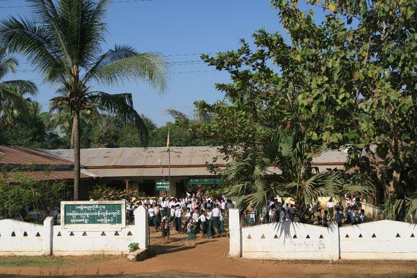 école birmane