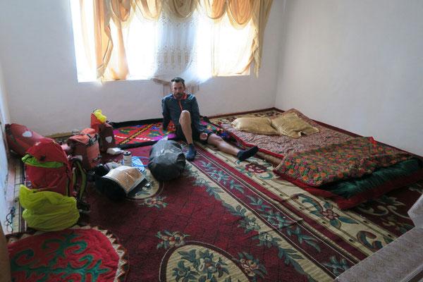 A jangi Talap dans la famille d'Aktilet qui nous a laissé sa chambre