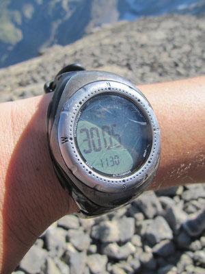 En haut du sommet du Casque 3006 m?